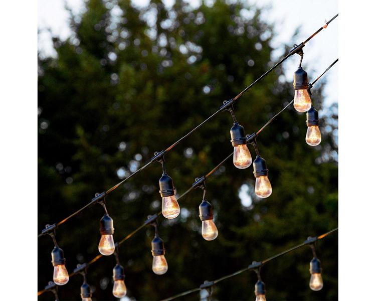 Outdoor Weatherproof Lights – 25′